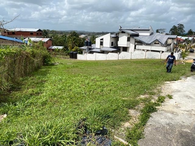 For Sale – Gulf Ridge Circular, South Oropouche – Land to build your home in quiet neighborhood