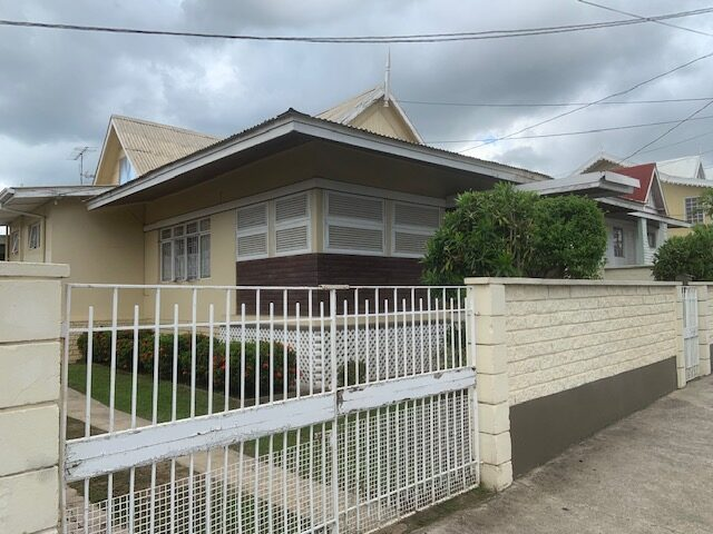 For Sale –Long Circular Road, St James – Centrally located building