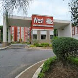 West Hills, Apartment For Rent