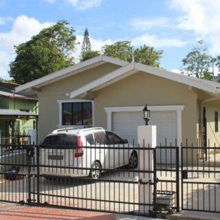 For Rent – Block 3, Palmiste – $10,000TT – 3 Bedroom house