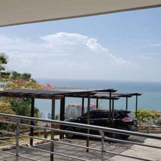 Three (3) Bed, Two & Half (2.5) Bath Apartment, Magnificent City, Sky & Sea Views