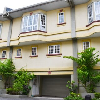 For Rent – Third Avenue Place, Cascade – 3 bedroom townhouse in gated compound with 24hr security