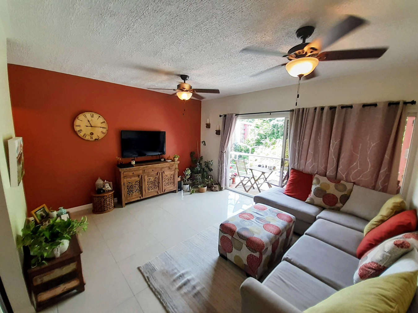 Apartment For Rent in West Hills
