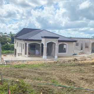 House for Sale in La Romaine