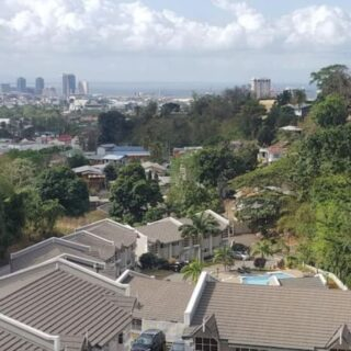 Townhouse of sale Maraval