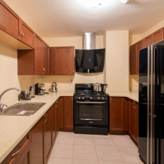 VICTORIA KEYES – 3 BEDROOM APARTMENTS FOR SALE