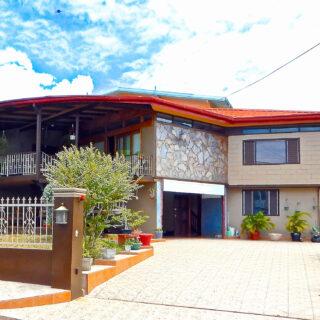 Executive Home in Gulf View, La Romain