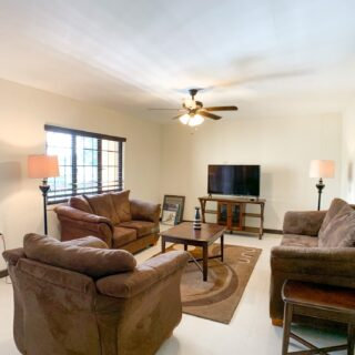 Furnished Pet Friendly Cascade Apartment