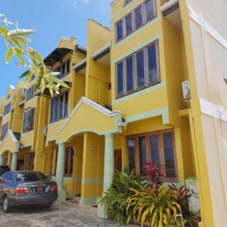 For Sale – Crown Point Tobago, 3 Bedroom 3 Bathroom Townhouse