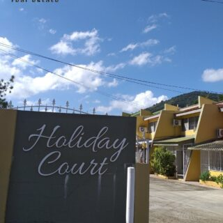 Holiday Court – Petit Valley