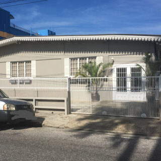 Bellesmythe street property for sale or rent!