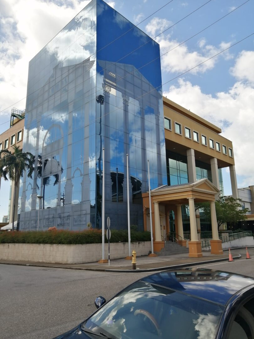 PRIME COMMERCIAL SPACE FOR RENT – 5th FLOOR, PRINCESS COURT