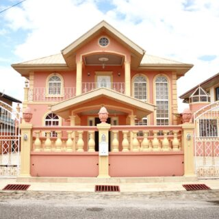 House for sale in Gopaul Lands, San Fernando