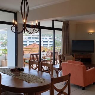Fully Furnished & Equipped 3 Bed, 3 Bath Apartment