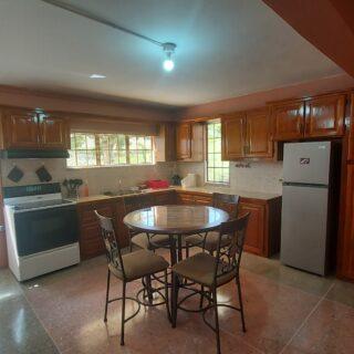 One Bedroom Apartment in San Fernando – $3500
