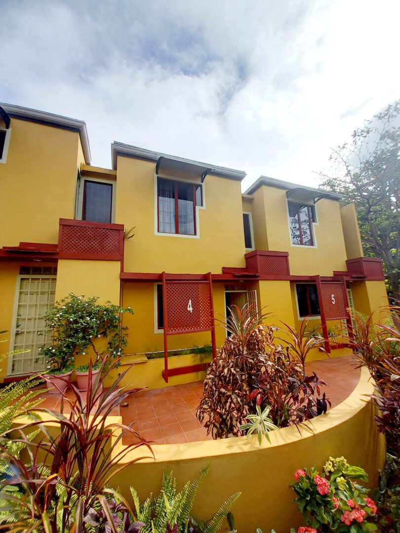 3 bedroom townhouse for rent