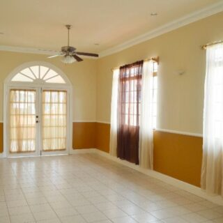 FOR RENT – Ana Street, Woodbrook – Renovated building