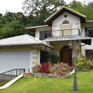 Golf Course Drive, Moka Heights Maraval –  Magnificent house on freehold land in great neighbourhood