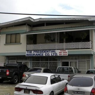 FOR RENT – Cipero Street, San Fernando – Commercial building with parking in great location