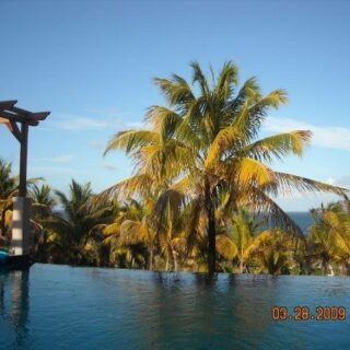 FOR RENT – Guayaguayare Road, Belle Vue Estate, Mayaro – Fully furnished how with ocean view and infinity pool