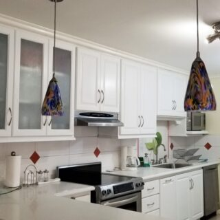 FOR RENT – La Belle O'range, #15, Coblentz Avenue, Cascade – Fully furnished 3 bedroom apartment with hot tub