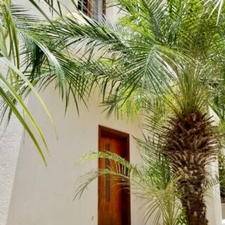 MARAVAL TRI-LEVEL TOWNHOUSE FOR RENT