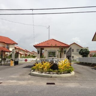 3 BEDROOM, 2 AND 1/2 BATHROOM TOWNHOUSE FOR RENT-FULLY FURNISHED