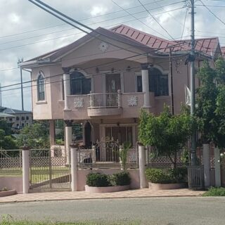 FOR SALE – Sunkist Drive, Phillipine – Spacious 4 bedroom house with teak cupboard work