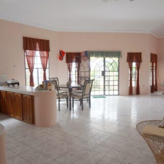 FOR SALE –Seaview Drive, Erin – House on freehold land within walking distance to the sea