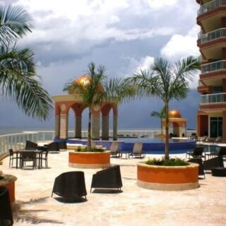 FOR SALE –East Tower, The Renaissance, Shorelands – Luxurious 4 bedroom apartment