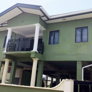 FOR SALE – El Dorado – Spacious 4 bedroom house on 2 levels
