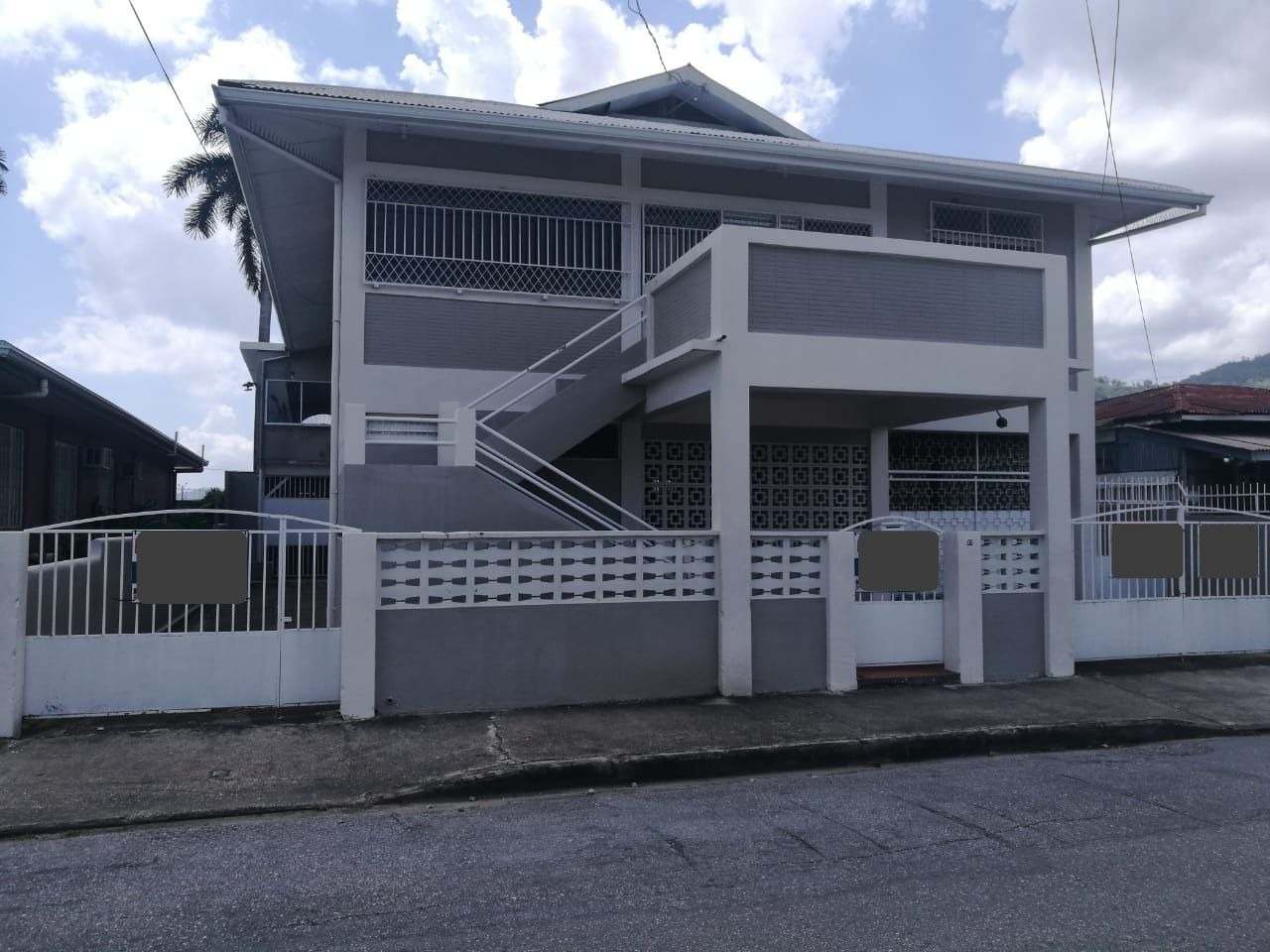 FOR RENT: WOODBROOK, ASKING PRICE – TT$15,000