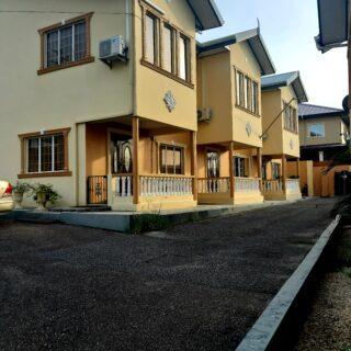 Duncan Village Townhouse- TT$1.75M