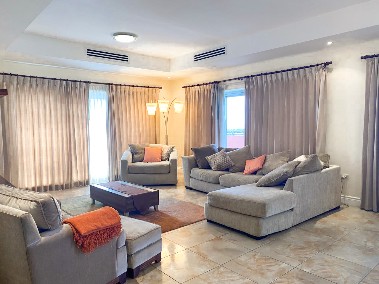 Furnished OWP Apartment with Beautiful Views!