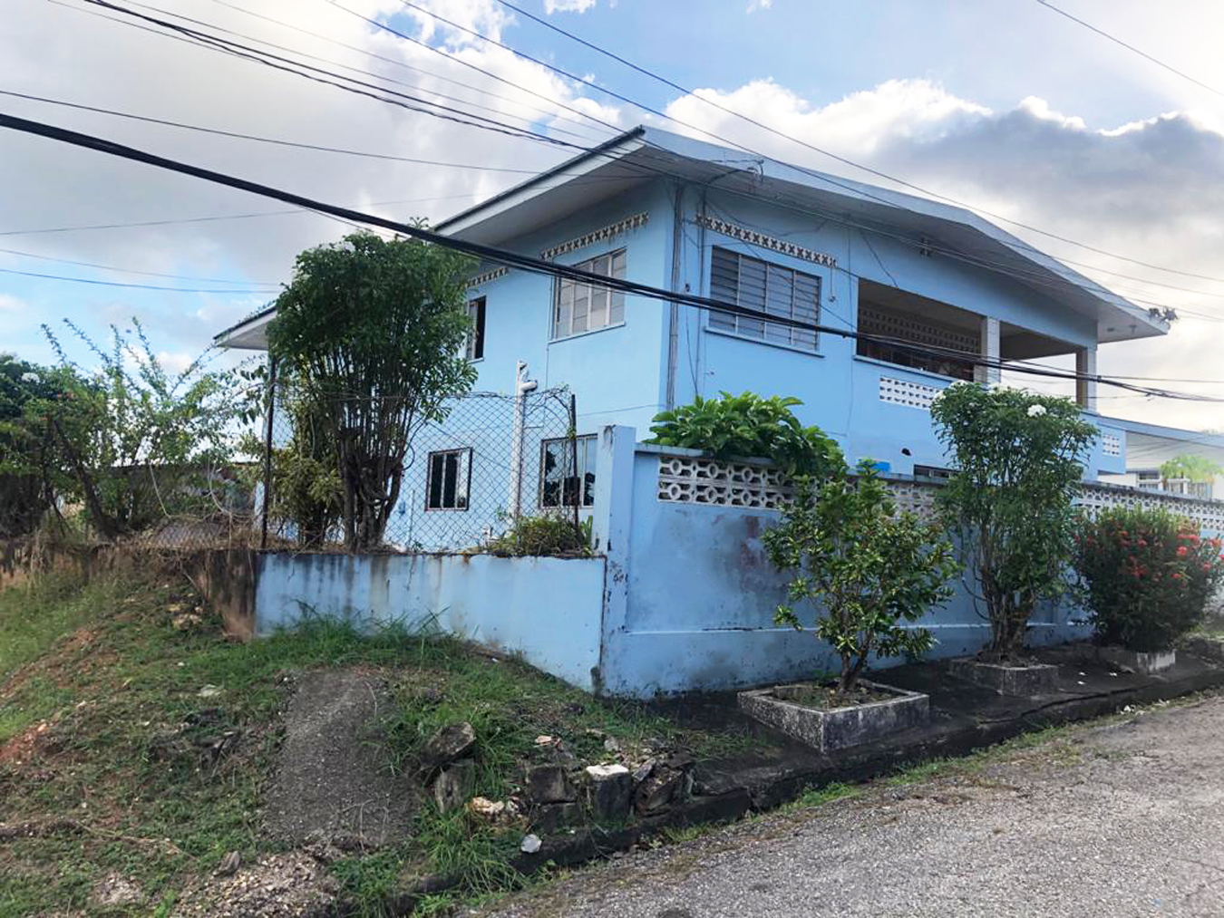 House for Sale in Champs Fleurs
