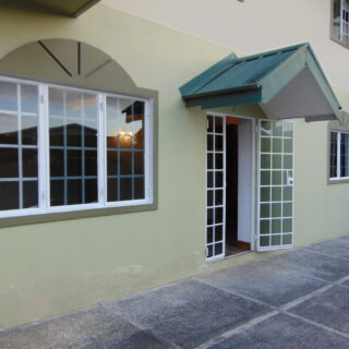 PETIT VALLEY UNFURNISHED DOWNSTAIRS 3 BEDROOMS, 1 BATH