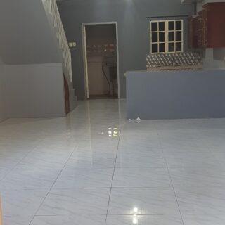 Townhouse for rent in Aranguez