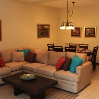 Fully Furnished & Equipped 3 Bed, 2.5 Bath Townhouse With Spectacular Views