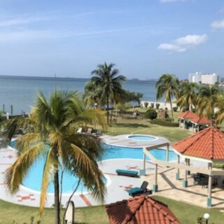 BAYSIDE TOWERS 7 th Floor : FOR RENT TTD$12,000