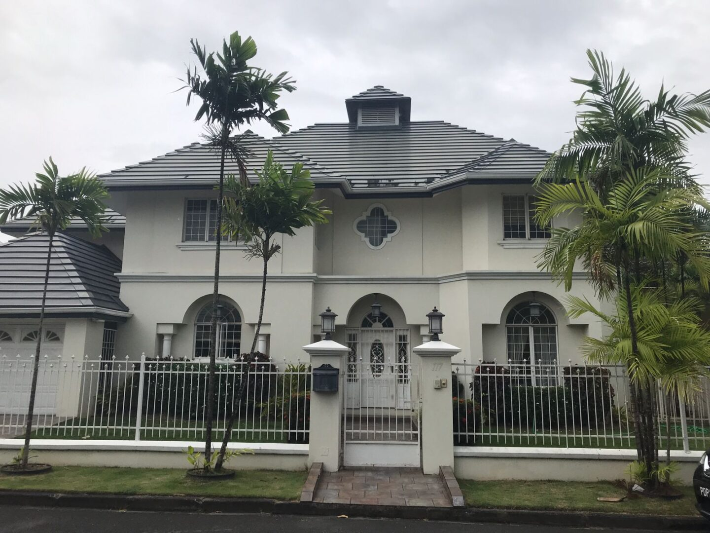 COLUMBUS CIRCLE, WESTMOORINGS HOUSE FOR RENT…. USD$5500