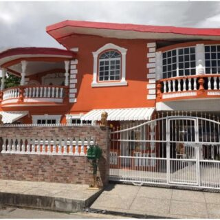 4 bed home for sale in El Socorro with Income Opportunity