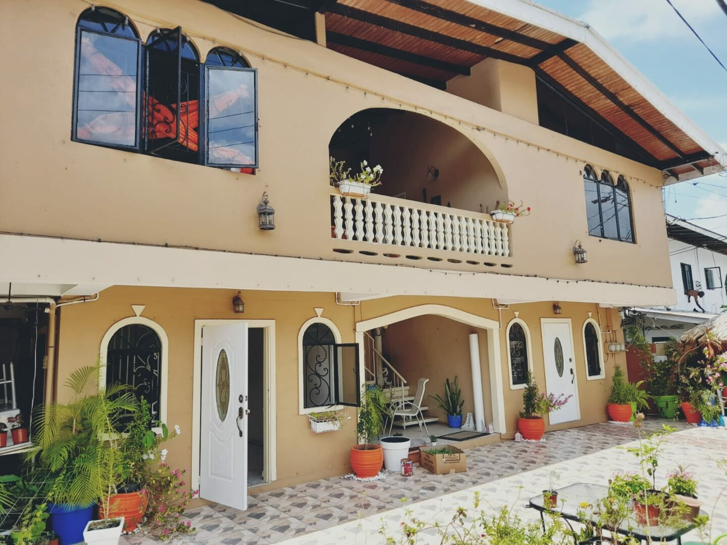 For Rent: Unfurnished 2 Bed,1 bath Apt in Diego Martin