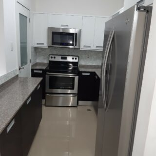 3 bed, 2 baths West Hills PH- SF for rent