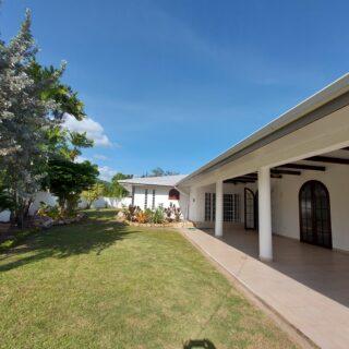 Regents  Gardens House for Rent