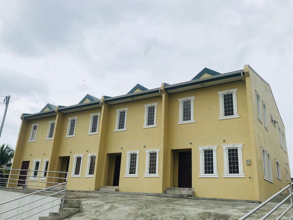 Palm Springs Villas, Temple View Road, Arima – FOR SALE