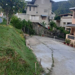 Unfurnished 2 Bedroom Glencoe apartment with WiFi included