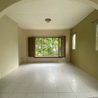 Cascade apartment for rent, inclusive of electricity.