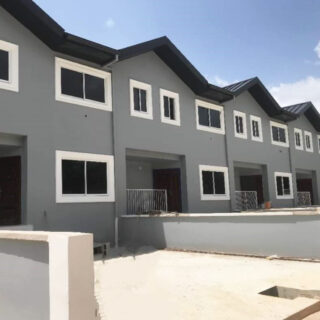 Townhouse for Sale in Freeport