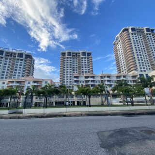 One Woodbrook Place – 3 Bedroom Unit For Rent