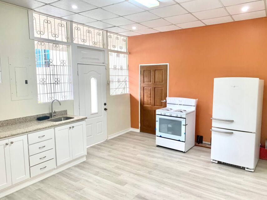 St. Anns 1 Bedroom Apartment with appliances